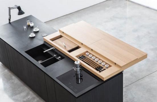 Кухня Paperwood. В сдвигаемой столешнице спрятаны ножи и доски для нарезания.