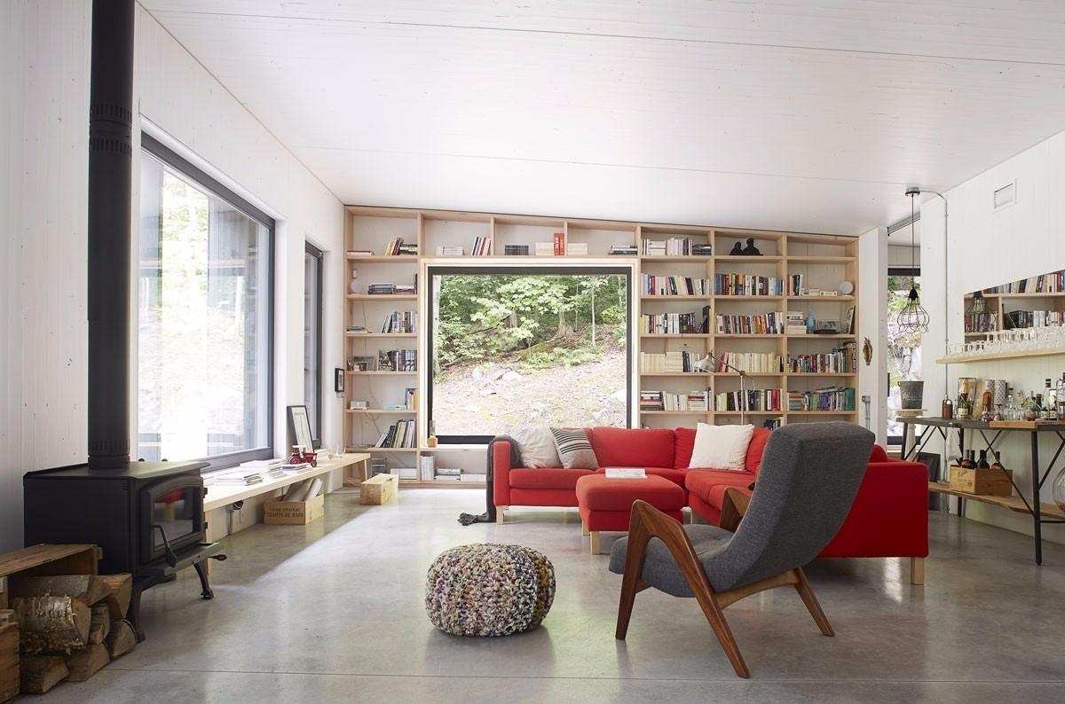 Бетонные полы поддерживают общую стилистику помещений выдержанную в стиле лофт.